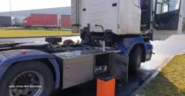 Mobilny serwis klimatyzacji samochodów, ciągn